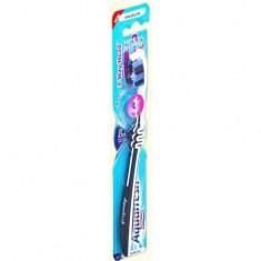 Аквафреш зубная щетка 3-Way Head средняя AQUAFRESH