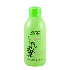 Шампунь для жирных волос, 250 мл (Studio Professional) Kapous Professional